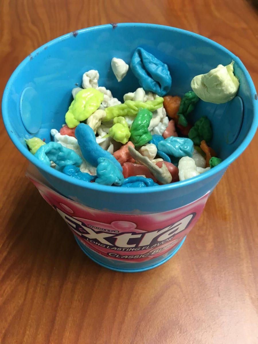 Gum Bucket